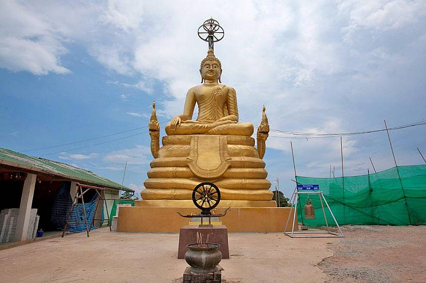 a famous family holiday attraction awaits you at Big Buddha Mountain Phuket