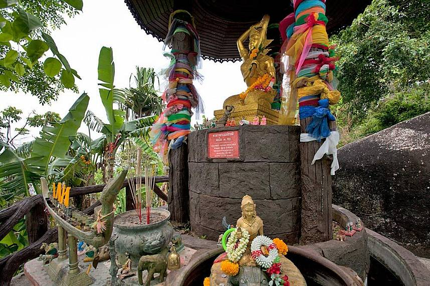 Small Buddha shrine at Big Buddha Mountain Phuket