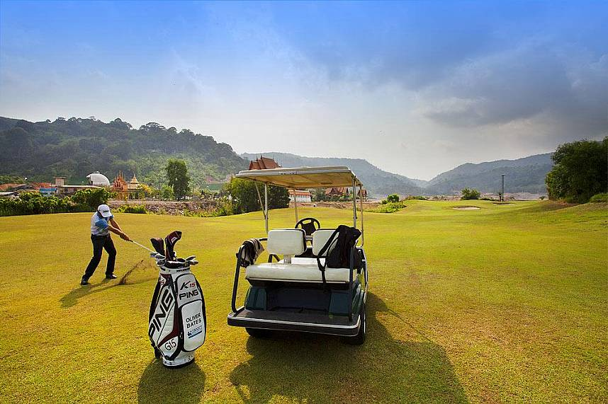 Phunaka Golf Course Phuket is a must for every golf fan