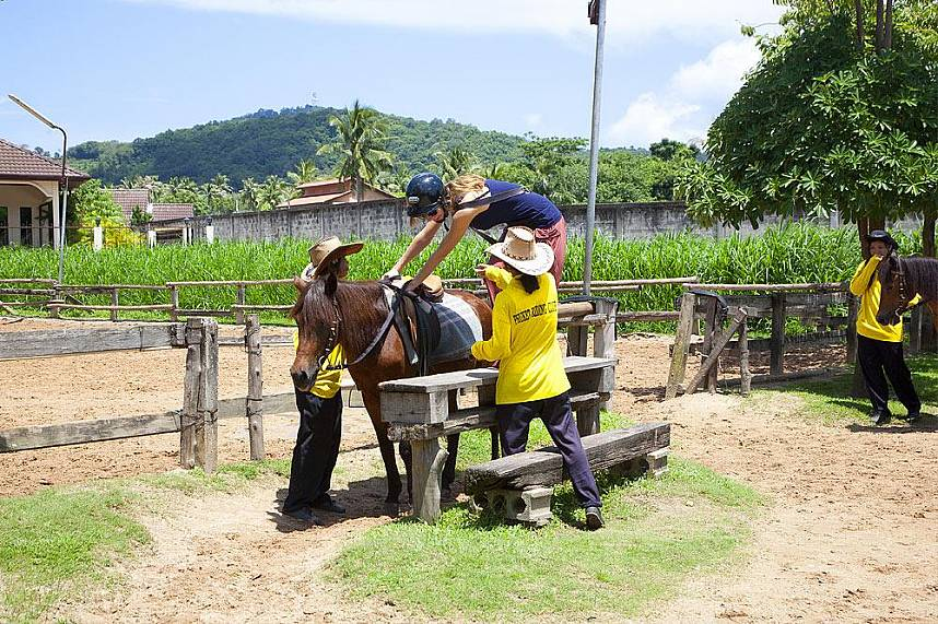 Phuket Horse Riding Club - try it out