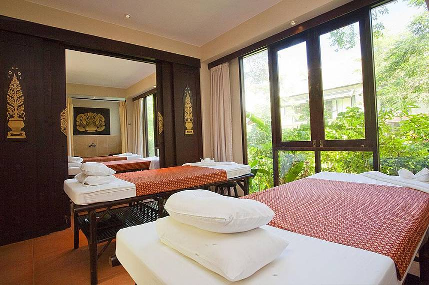 Pamper yourself at the luxurious Phuket Sukko Spa