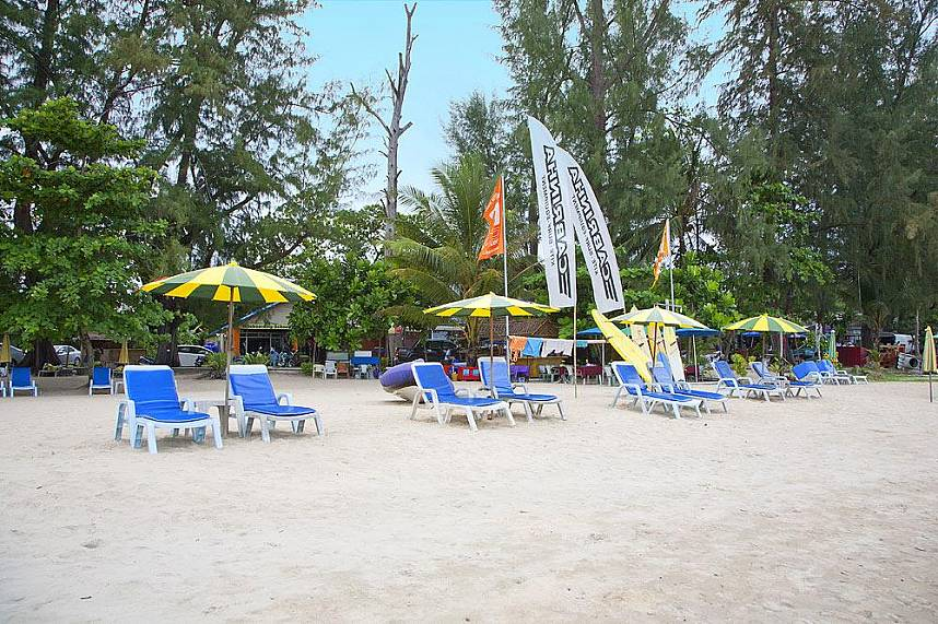 Enjoy a tranquil time at the beach of Sirinat National Park Phuket