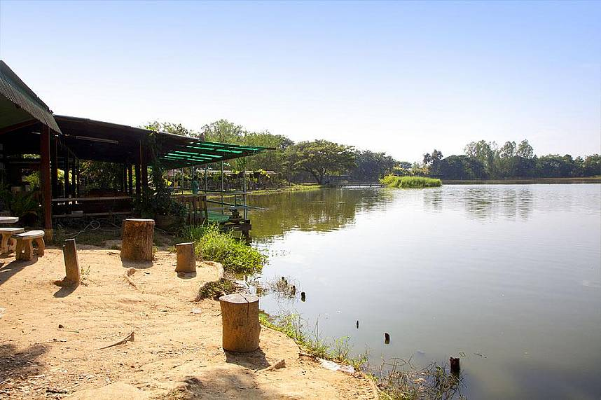 Borsang Fishing Park Chiang Mai is a lovely spot for the whole family