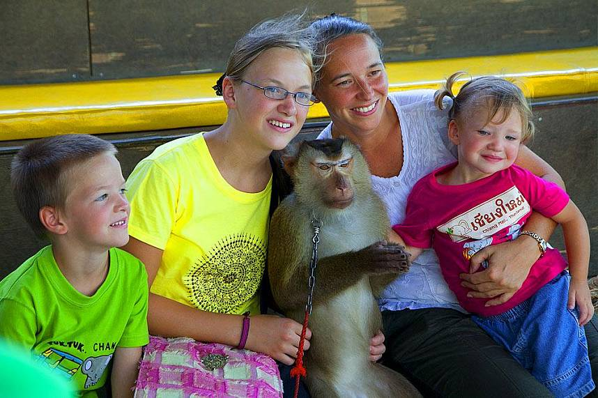A great day for the whole family at Chiang Mai Monkey Center