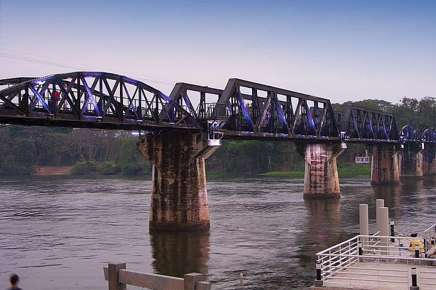Visit during your Thailand holiday the famous Bridge Over the River Kwai in Kanchanaburi