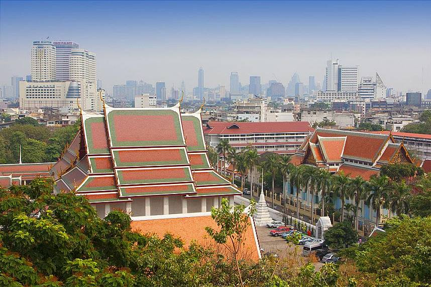 Phukao Thong or Wat Saket offers a great view over Bangkok