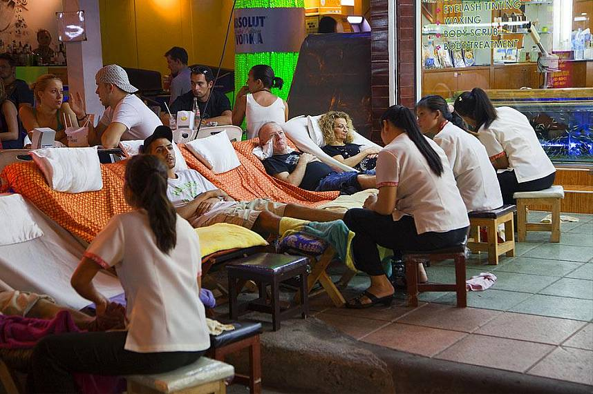 Relax during your stroll along Khao San Road Bangkok in a massage salon