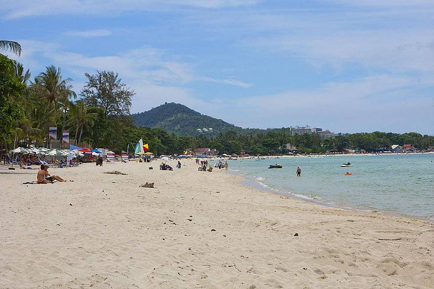 Chaweng Beach Koh Samui is a great place for a Thailand beach holiday