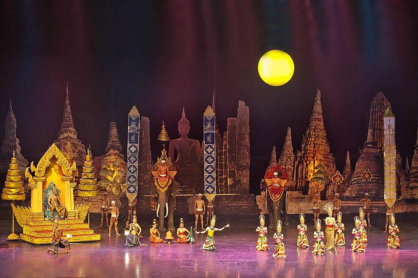 Get the feel of ancient Thailand at Alangkarn Theater Pattaya