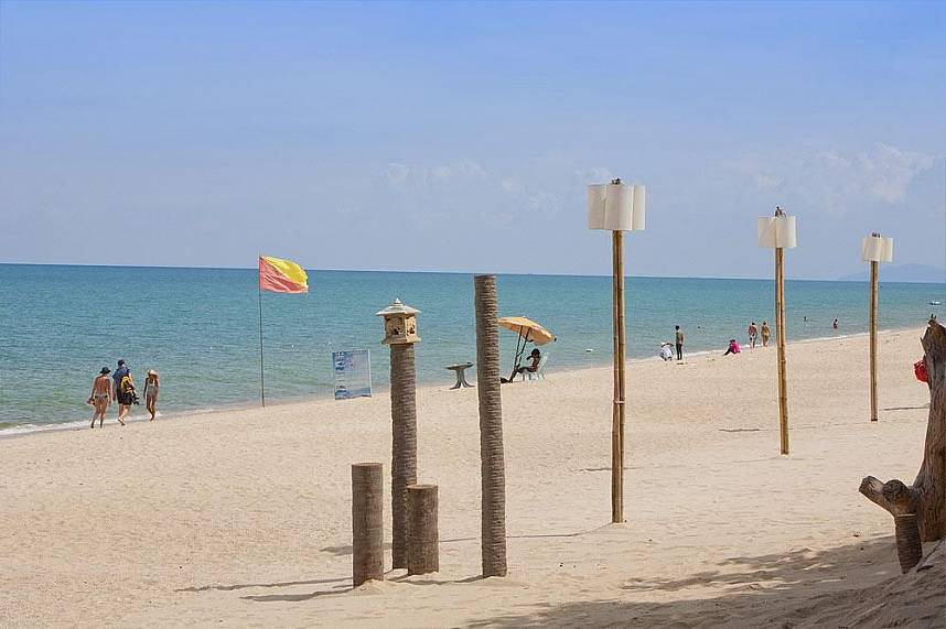 Lamai Beach at Koh Samui - a great place for a Thailand holiday