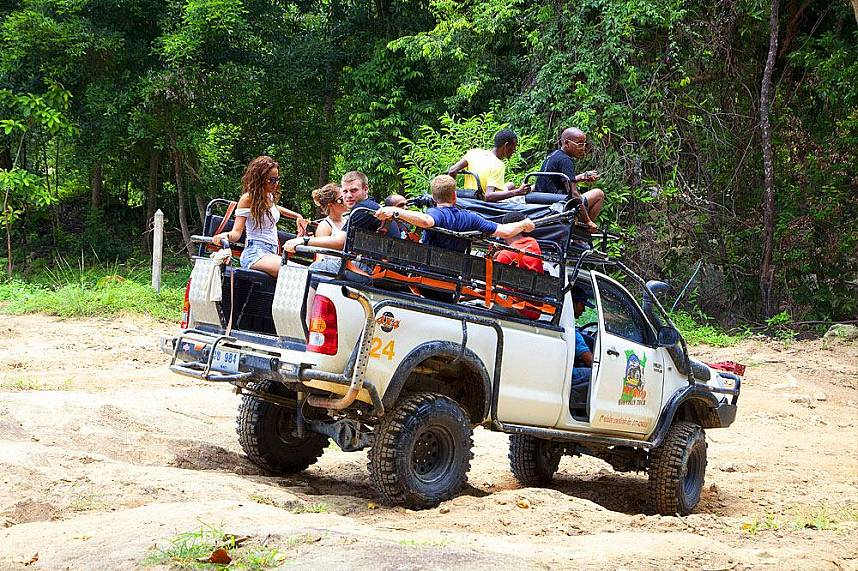 Enjoy an adventure ride at Namuang Safari Park at Koh Samui