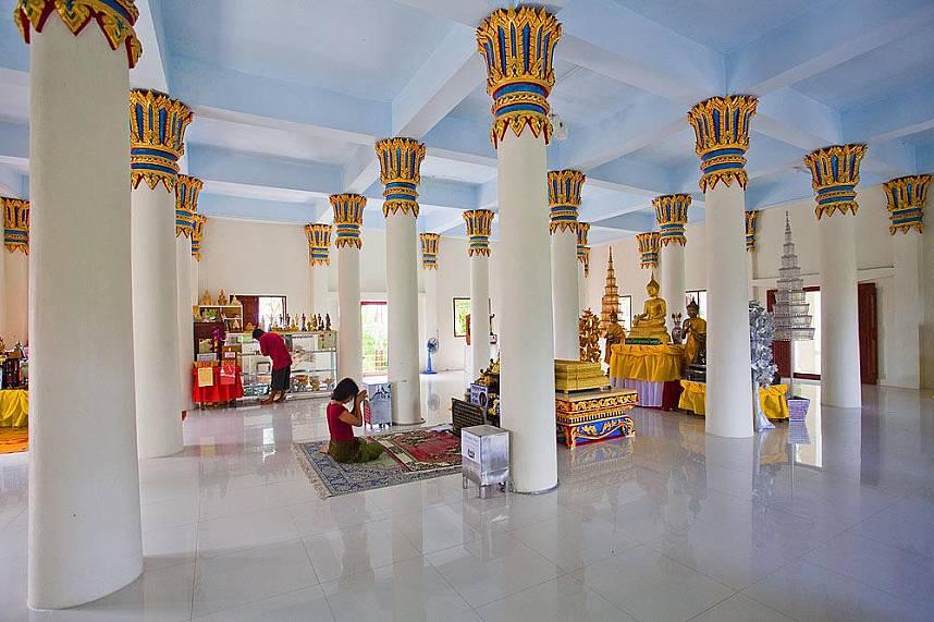 Get some spiritual experience at Khao Hua Jook temple Koh Samui