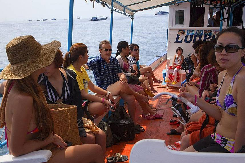 Enjoy a snorkeling trip while on holiday in Samui