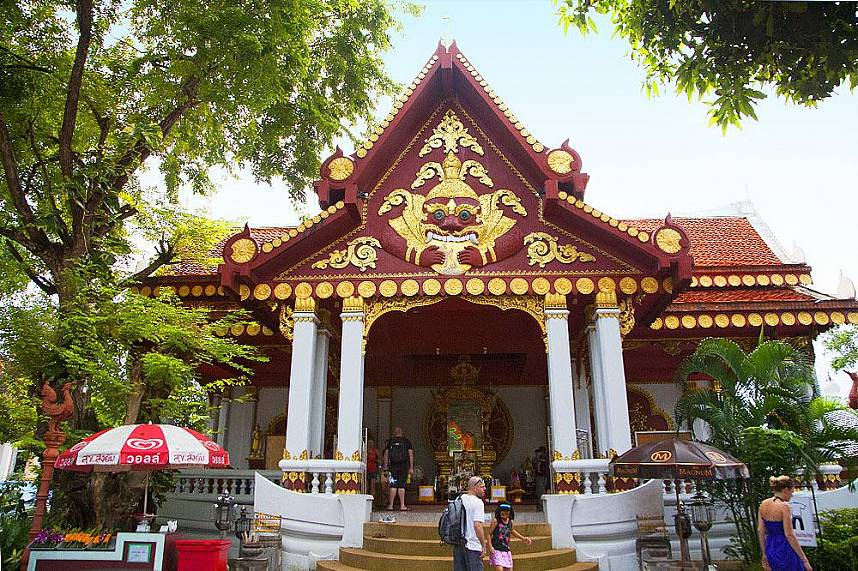 Temple for the Mummiefied Monk in Koh Samui