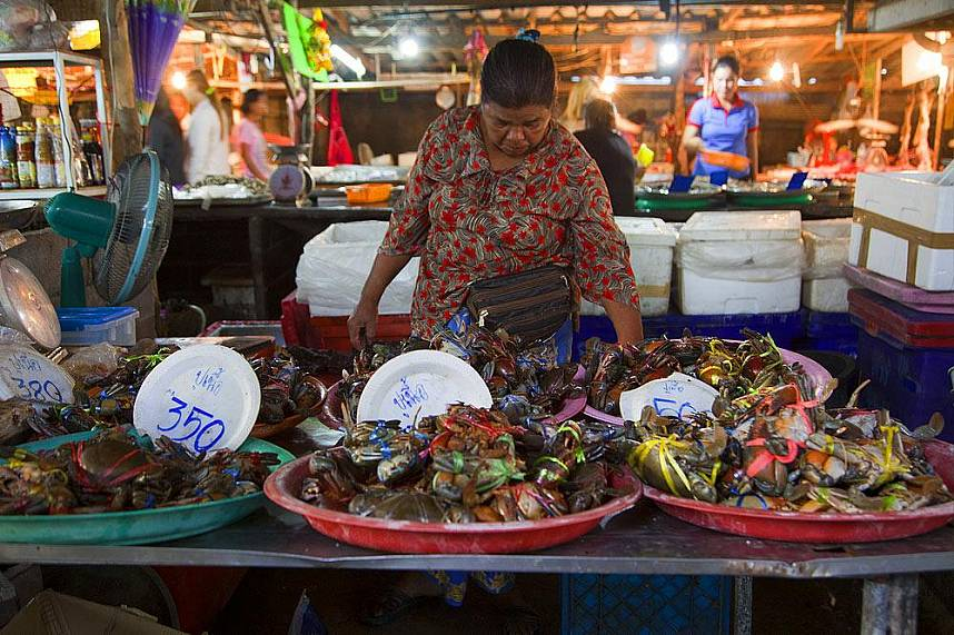 A stroll along the many stalls at Bang Rak Fish Market in Samui is a great attraction