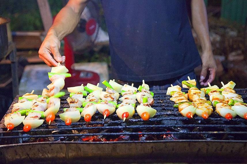 A taste of Thailand awaits you at Maenam Night Market Koh Samui