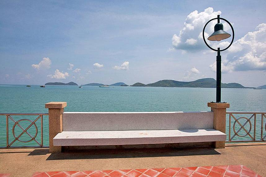 Have during your Phuket holyday a stop at Cape Panwa