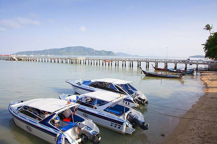 Chalong Bay and Pier is famous for day trips to the surrounding islands of Phuket