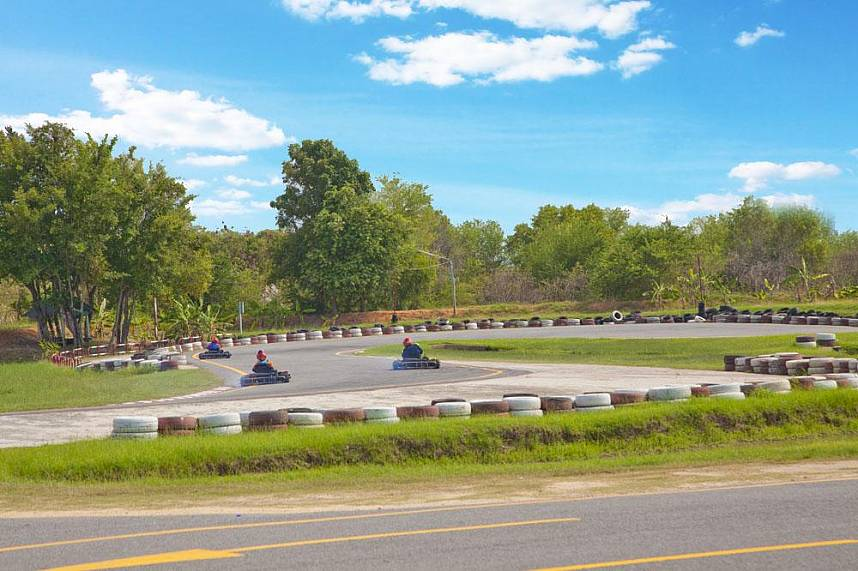 Enjoy the fun at Speedway Karts Go-Karting in Pattaya