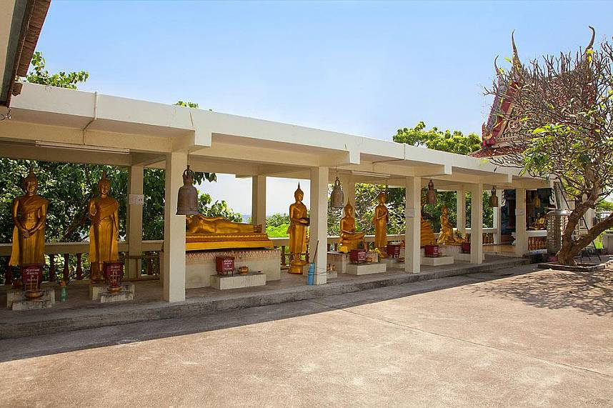 Visit during your Pattaya vacation the Hill Viewpoint with Khao Phra Bat
