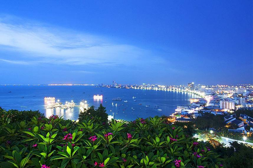 Pratumnak Hill View Point Pattaya the place to get the best view over Pattaya City