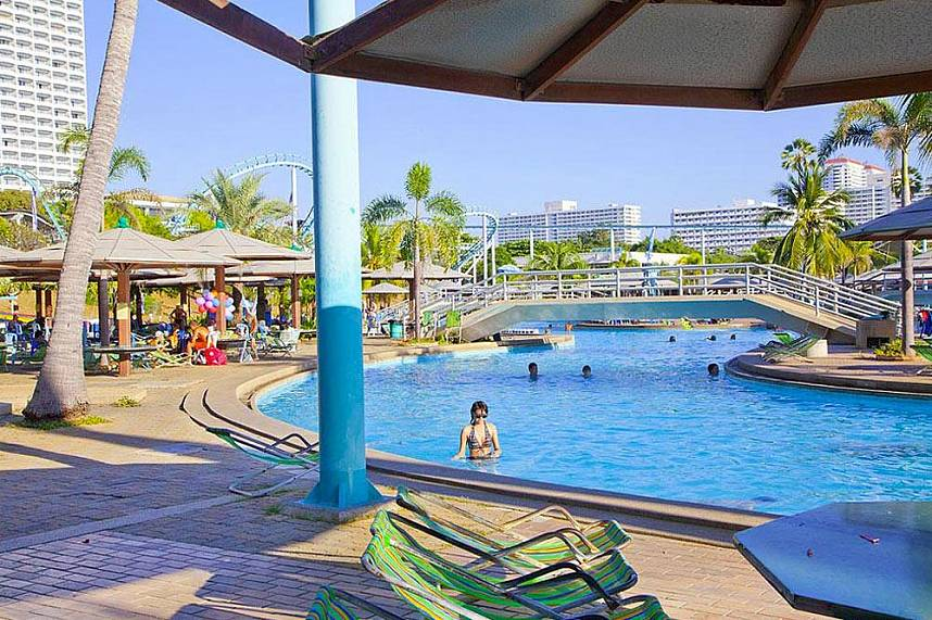 Refreshing and relaxing - Water Park in Pattaya is perfect for families