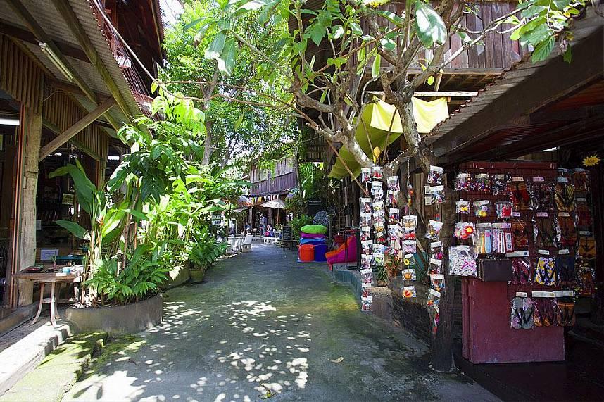 Baan Tawai Village in Chiang Mai has a huge variety of beautiful handicrafts