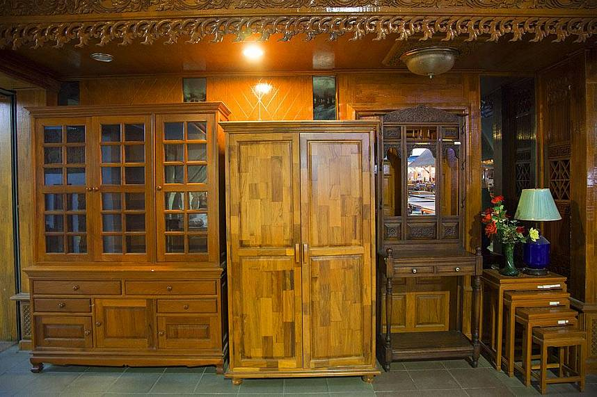 Sudaluck Wood Carving center Chiang Mai presents some fine wooden cabinets