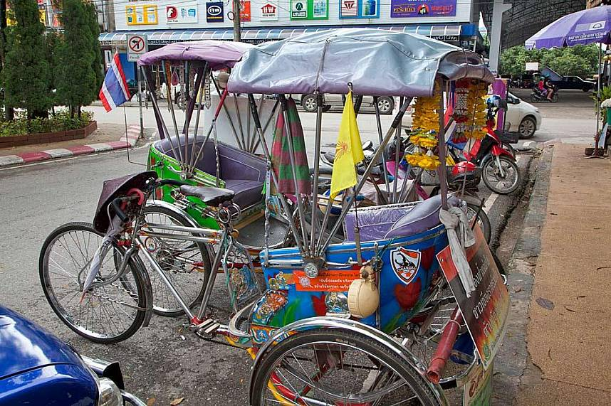 Tricycles are a great way to explore the beauty of Chiang Rai during a one day trip