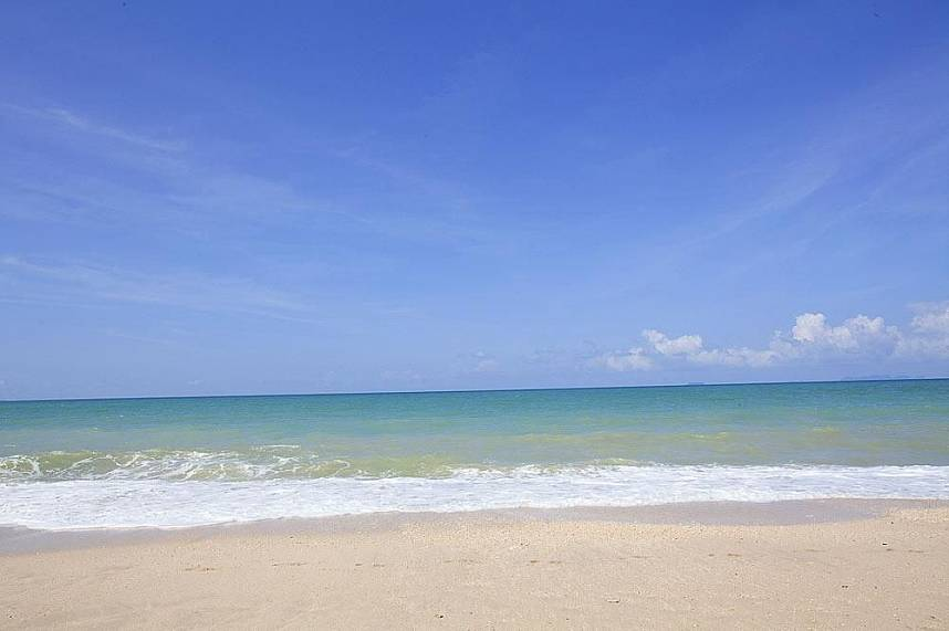 The beaches in Koh Lanta are truly amazing