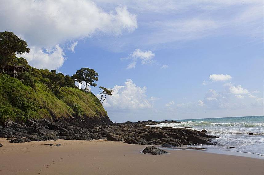 The beaches in Koh Lanta are separated by huge rock formations