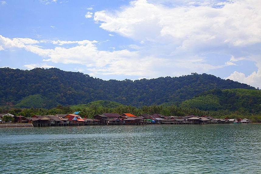 Koh Lanta Old Town will offer you some ancient culture and tradition as a trading place