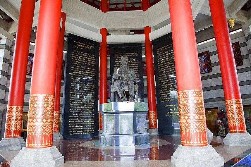 Three Kingdoms Park Pattaya shows some cultural background of old China culture