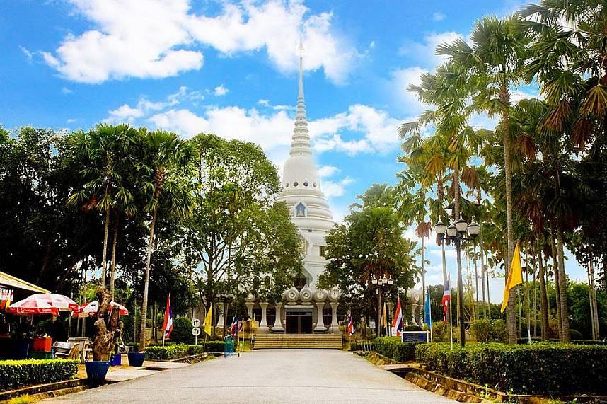 Majestic pagoda at Pattaya Wat Yansangwararam