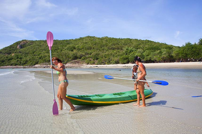 With a Pattaya Boat Charter day tour you can enjoy unspoiled beaches