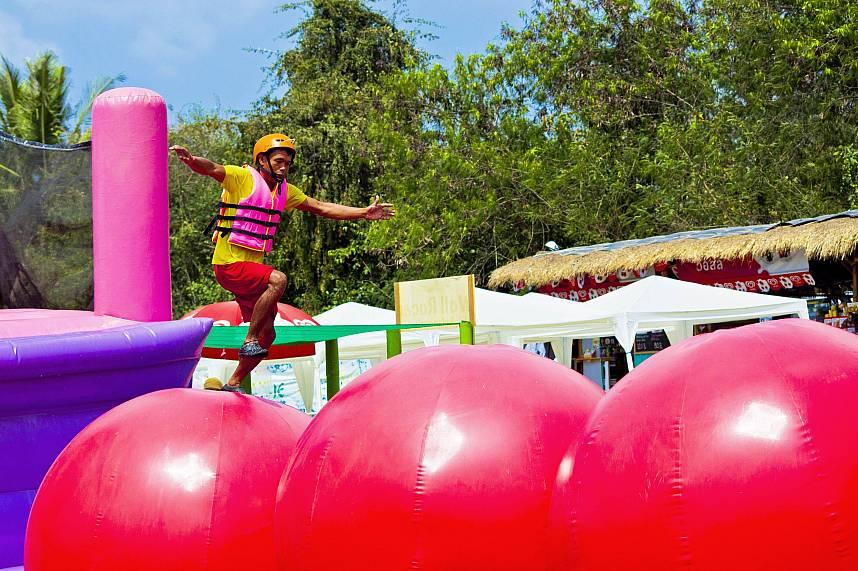 Splashdown Waterpark Pattaya offers some acrobatic challenges