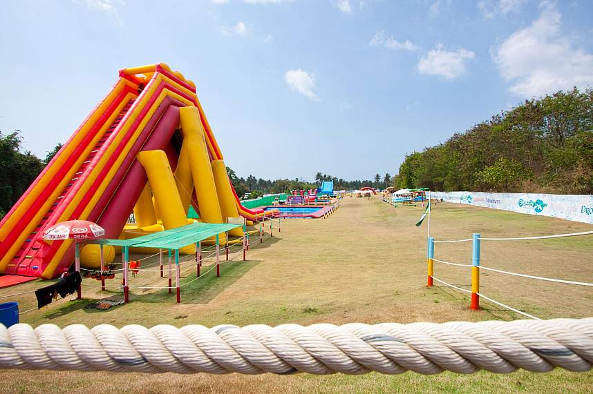 Splashdown Waterpark Pattaya is a great way to enjoy your Thailand holiday with kids