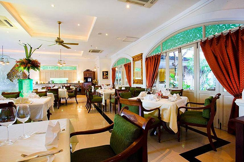 Enjoy a fantastic meal at the Pattaya Mata Hari restaurant