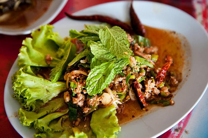 Try during your Pattaya holiday a truly unique Thai dish at Som Tum Pa Mon restaurant