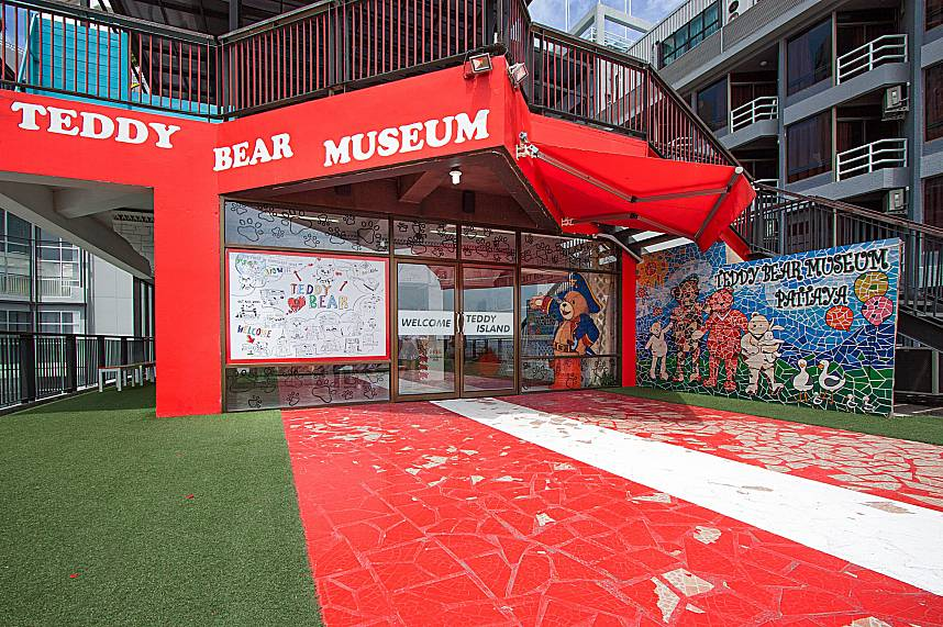 The Pattaya Teddy Bear Museum welcomes families during their Thailand holiday