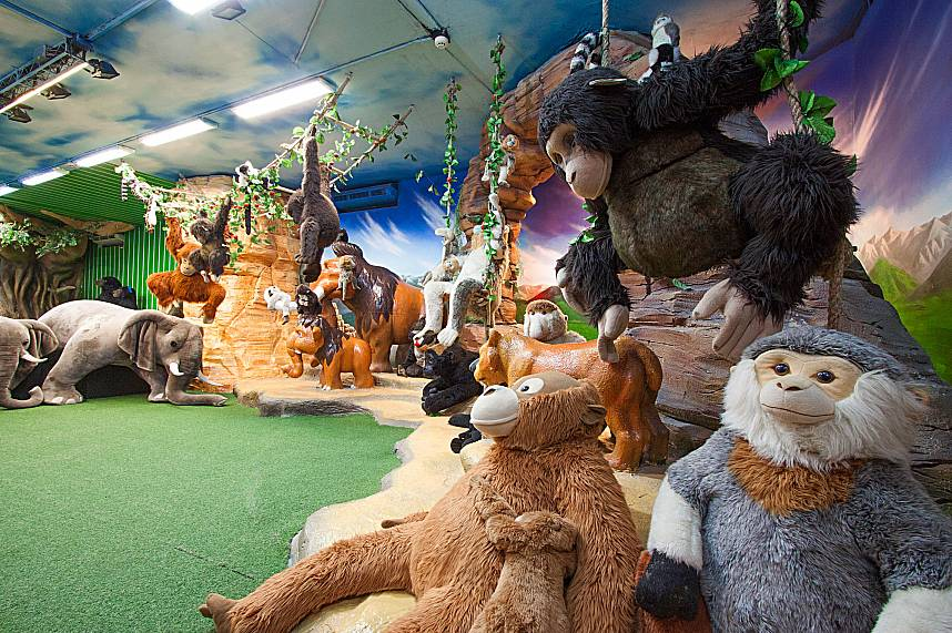 Kids will love a jungle safari at the Pattaya Teddy Bear Museum
