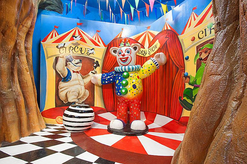 Welcome to the Circus Teddy Show at Teddy Bear Museum Pattaya