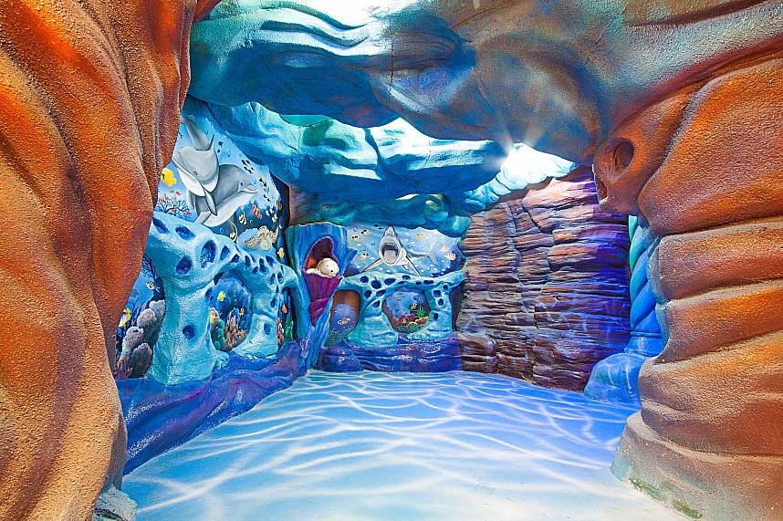 An animated aquarium awaits kids during their Pattaya family holiday at Teddy Bear Museum