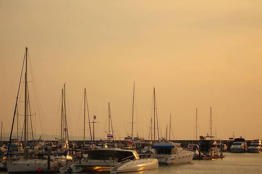 the Serenity Catamaran Pattaya an anchor