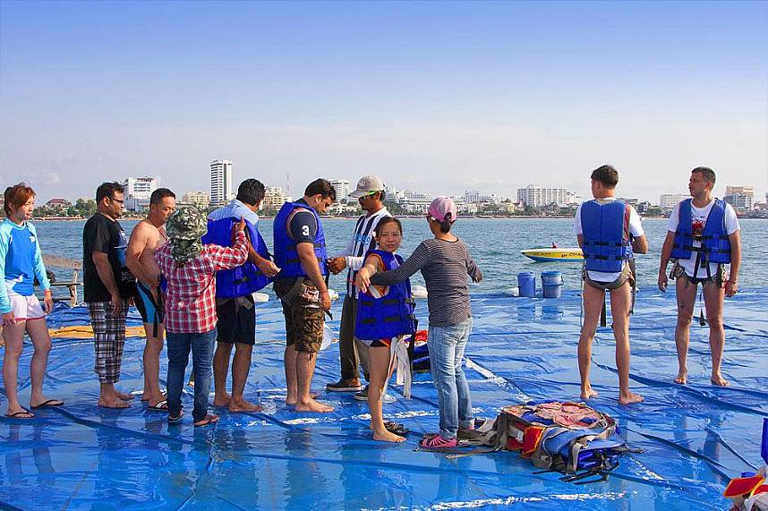 Safety first at Pattaya 3 island boat tour
