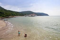 Toei Ngam Strand