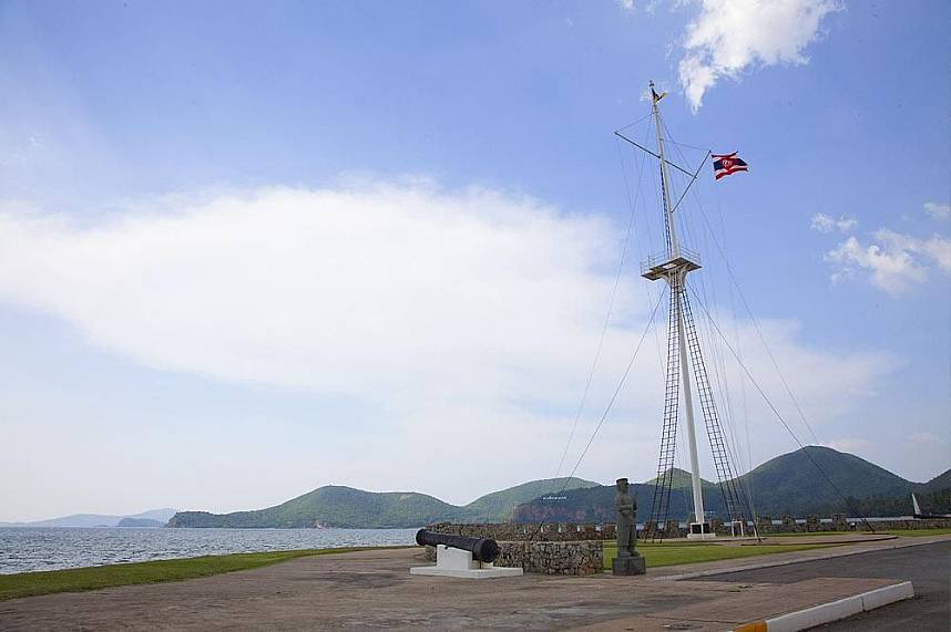 Toei Ngam Beach is in a Thai Navy camp in Sattahip