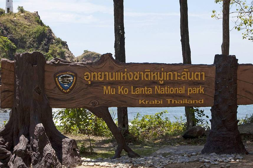 Mu Koh Lanta National Park welcomes you during a beach holiday in South Thailand