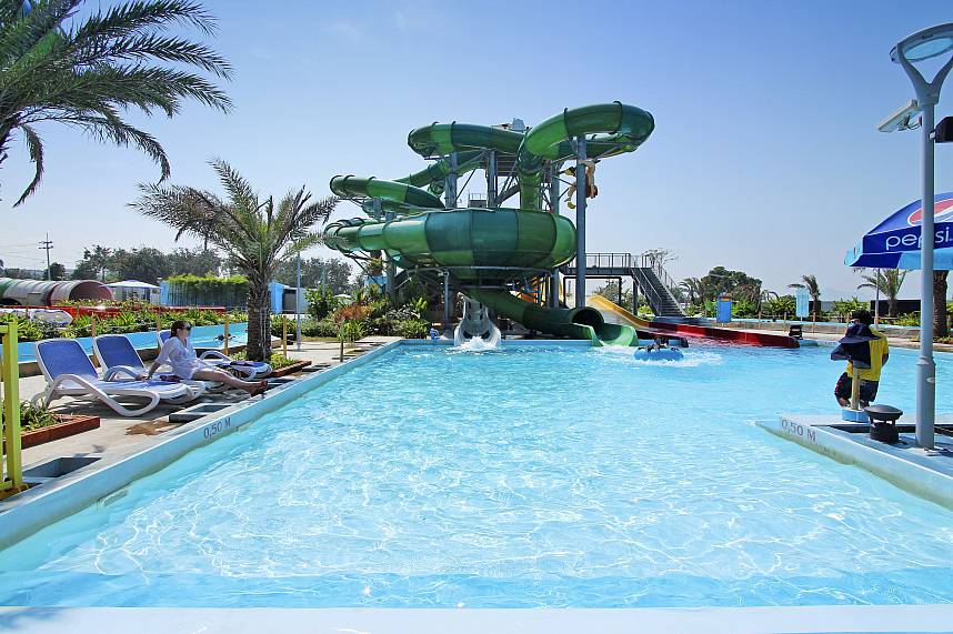 The water slides end in a huge pool at Water Park Cartoon Network Amazone Pattaya