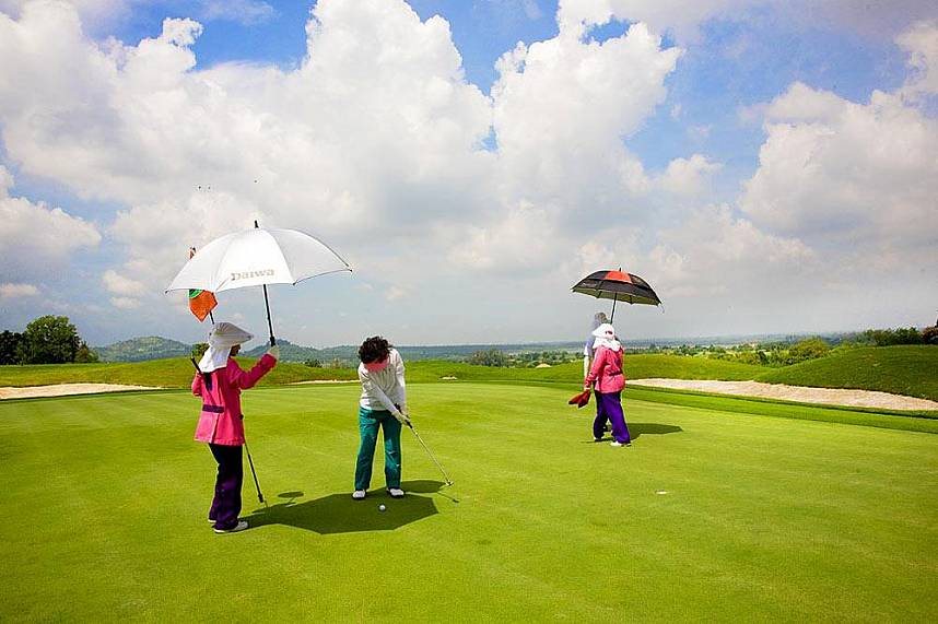 Dream golf holiday at Burapha Golf Club Pattaya